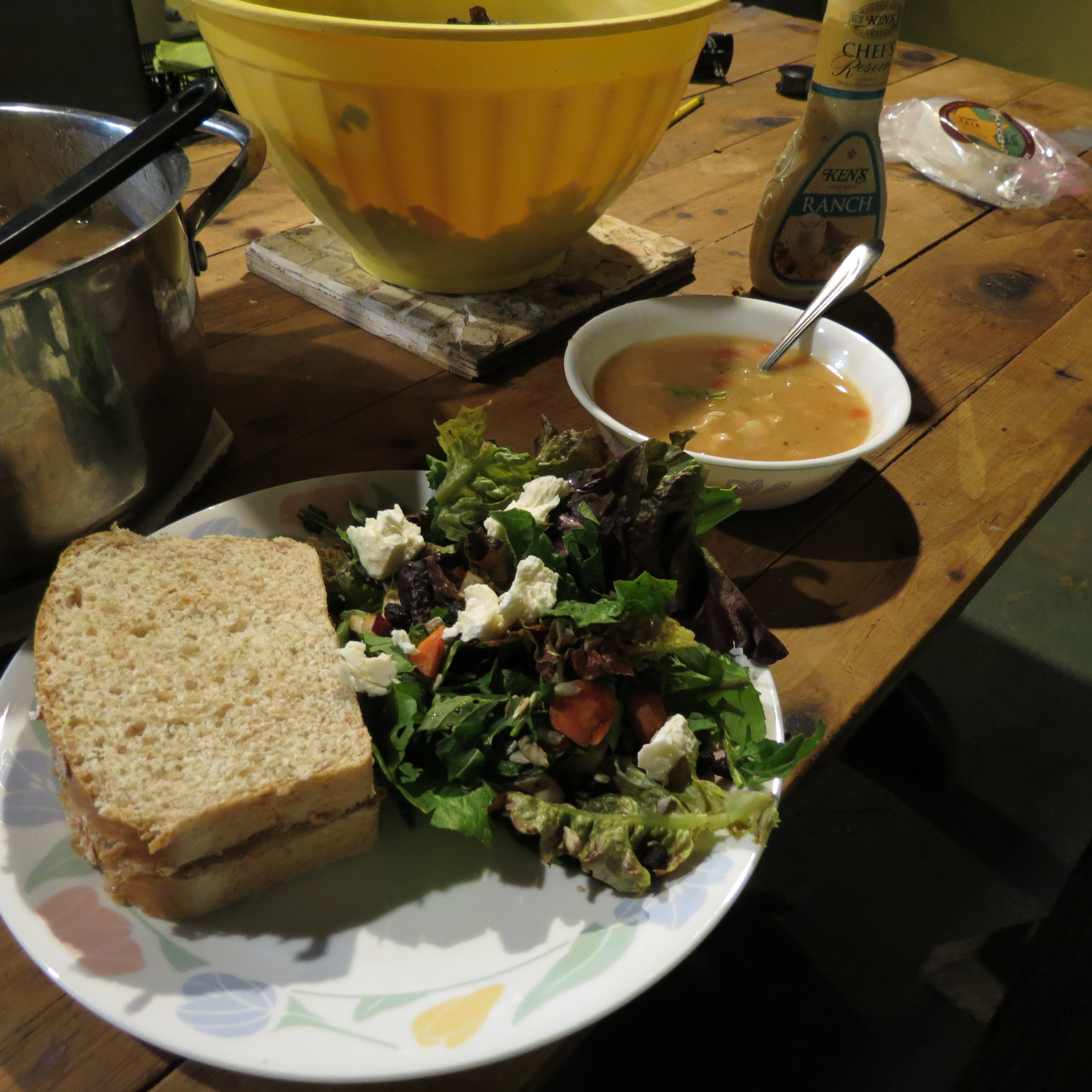 Soup salad and sandwich saturday goodness grows i used the following recipe for the white chicken chili with some modifications forumfinder Choice Image